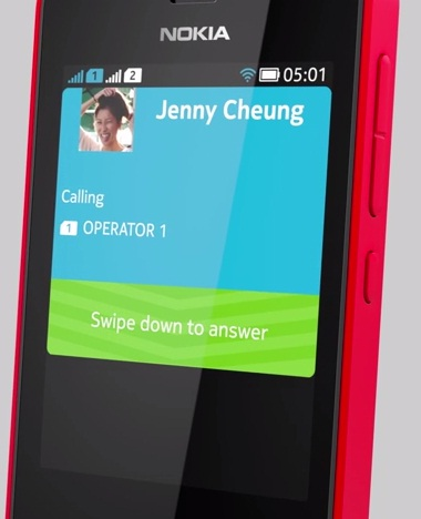Nokia Asha 501 Answer a Call