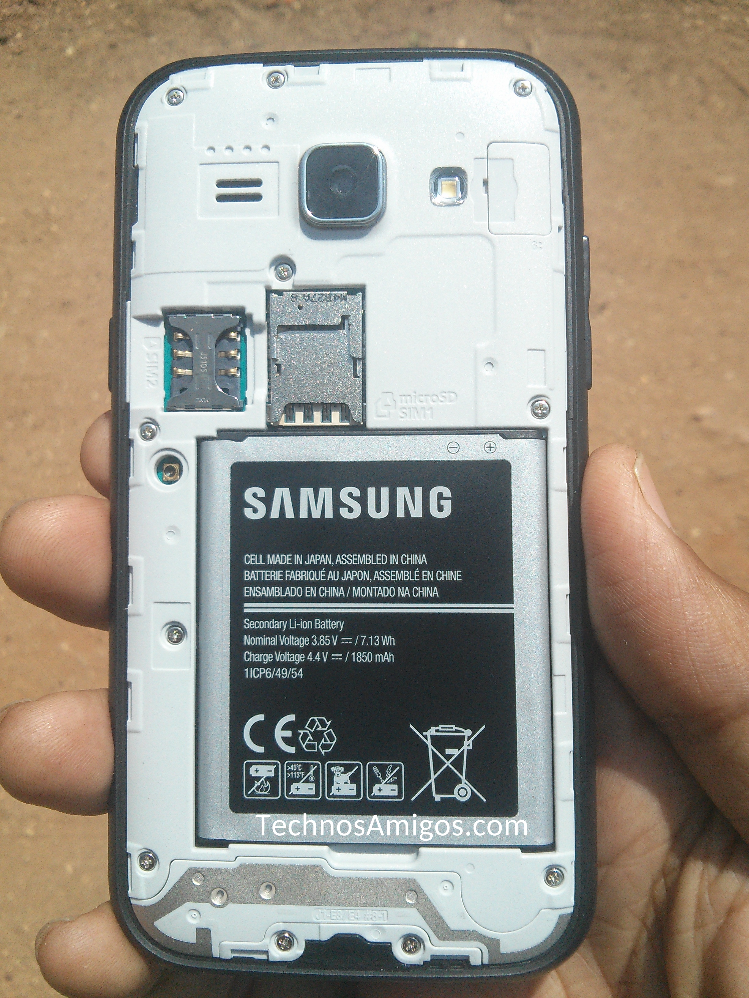 Samsung Galaxy J1 Phone