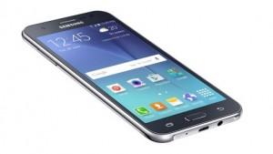 Galaxy J7 Review