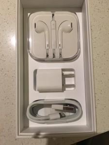 iPhone 6S Box Content