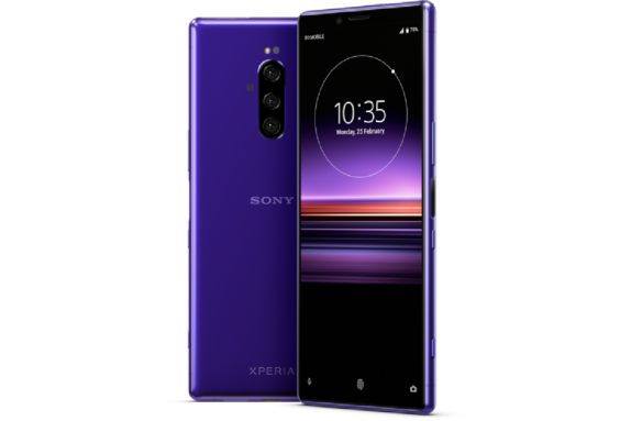 Sony Xperia 1 phone; Sony Triple Camera phone